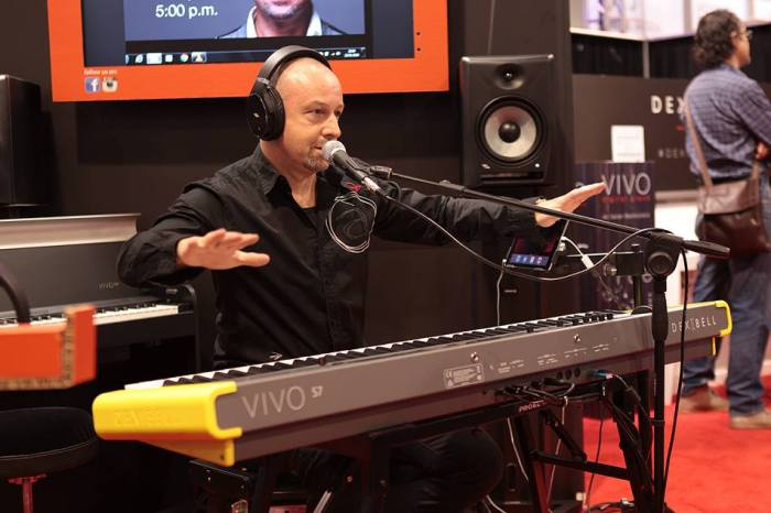 Ralph Shink presenta Vivo al Winter NAMM 2016