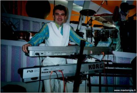 Max Tempia presenta Korg Pa80 nel 2000